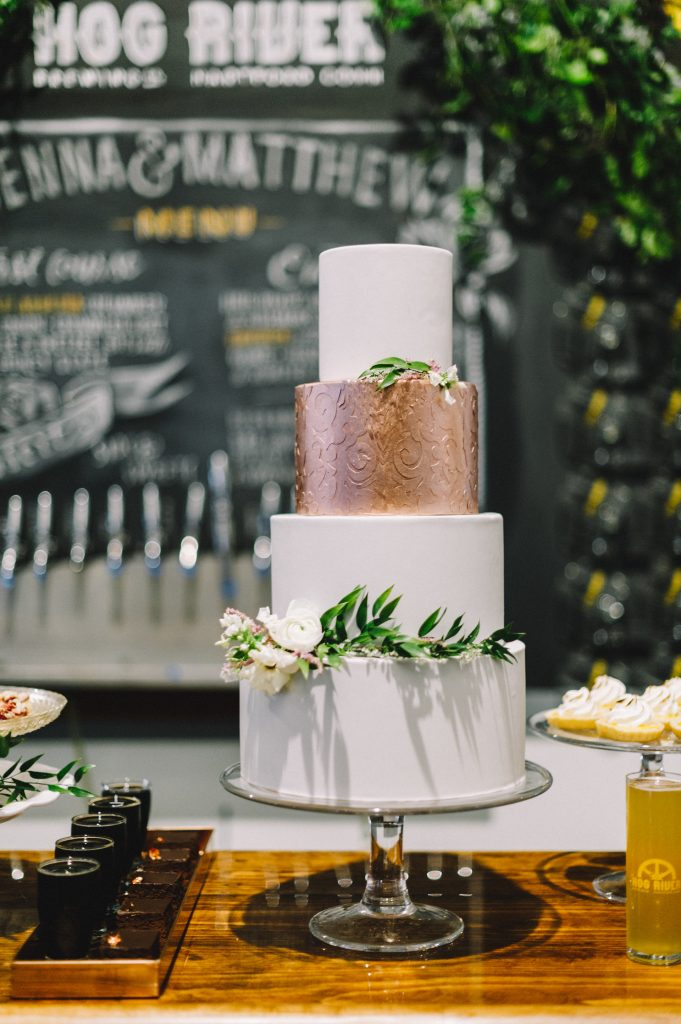 Hog River Brewery Rustic Wedding Inspiration Styled Shoot